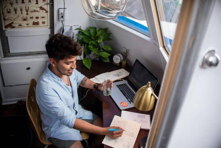Auto-entrepreneur à domicile