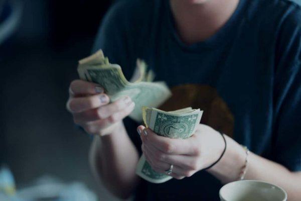 Comment calculer son salaire quand on est autoentrepreneur
